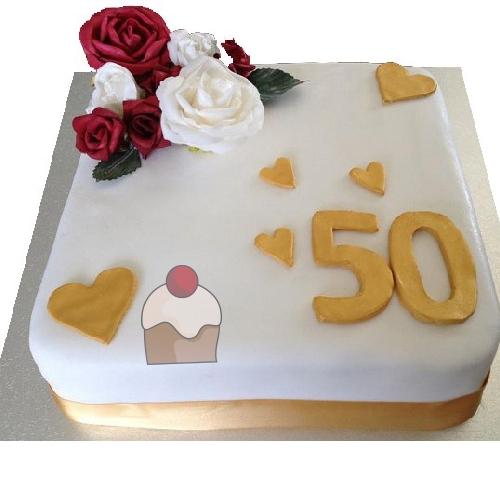 Elegante torta per festeggiare 50 anni di matrimonio for Decorazione torte per 50 anni di matrimonio